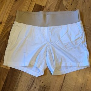 White loft maternity shorts